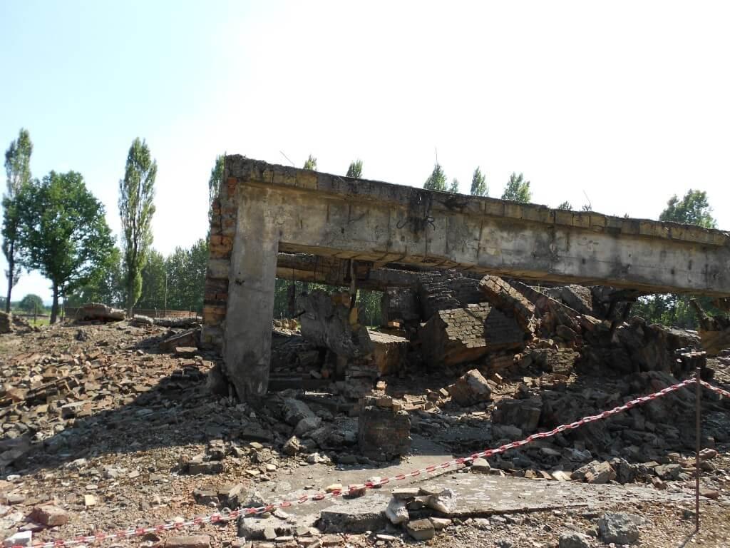 火葬場 ビルケナウ強制収容所 破壊 ポーランド