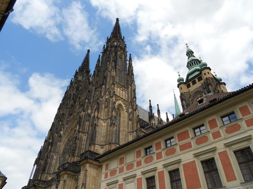 プラハ城 聖ヴィート大聖堂