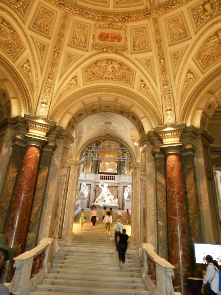 ウィーン 美術史博物館 入り口