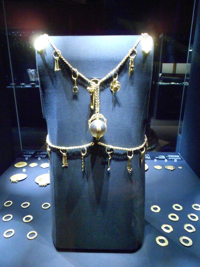 ウィーン 美術史博物館 金銀財宝