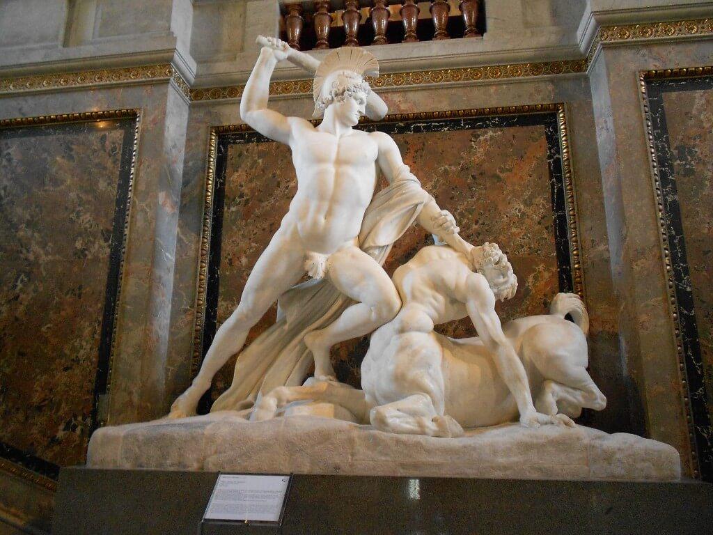 ウィーン 美術史博物館 彫刻