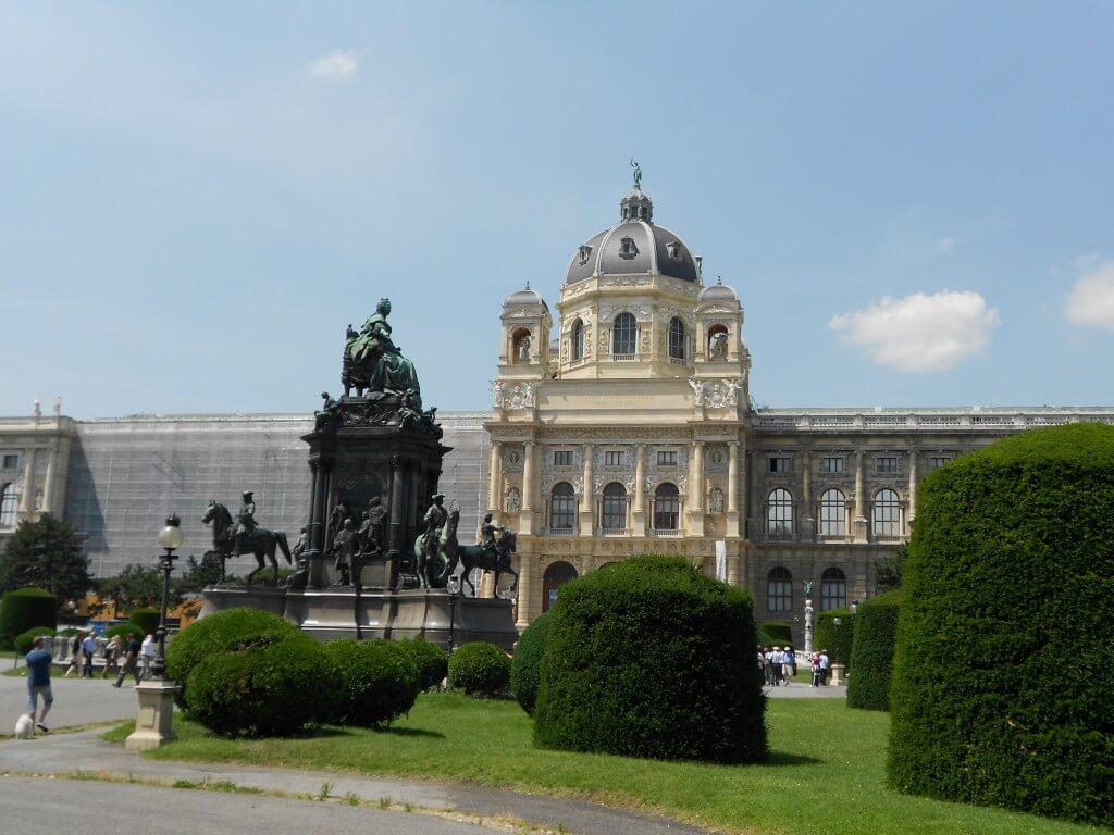 ウィーン 観光 美術史博物館 ヨーロッパ3大美術館