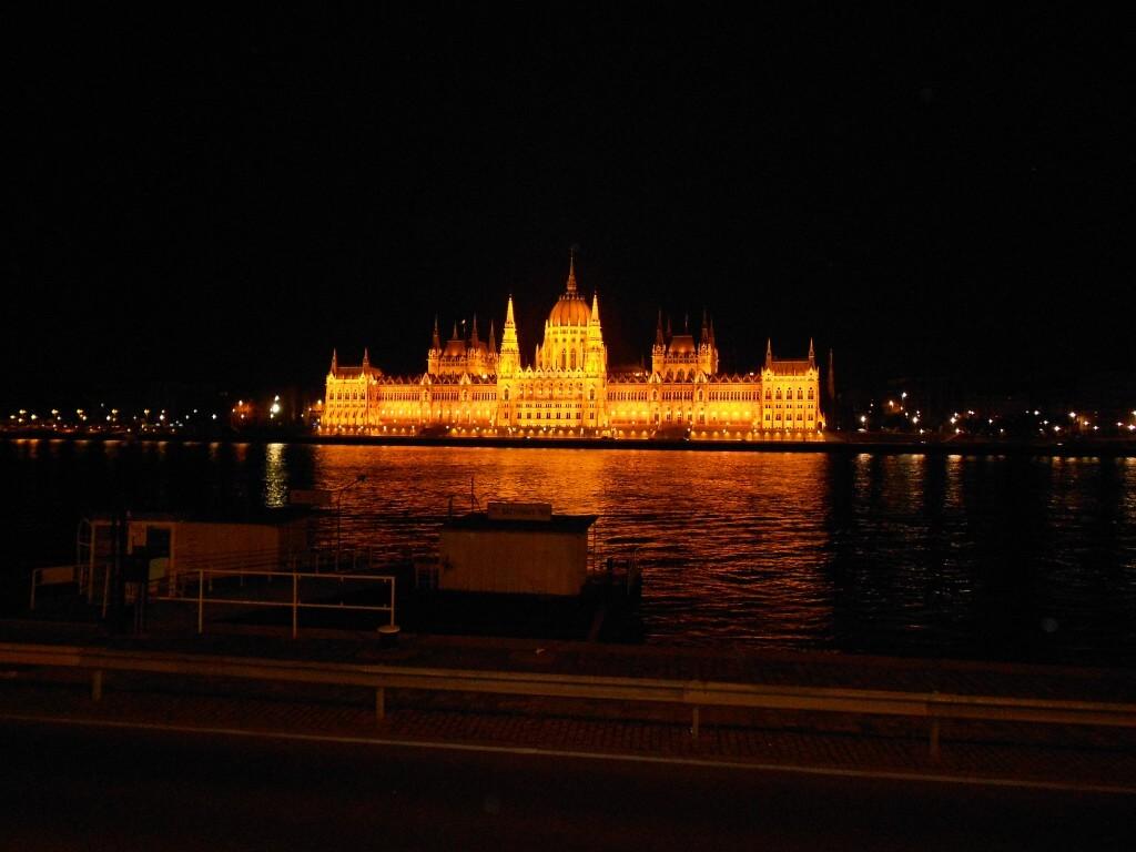 ブダペスト 夜景 ブダ城