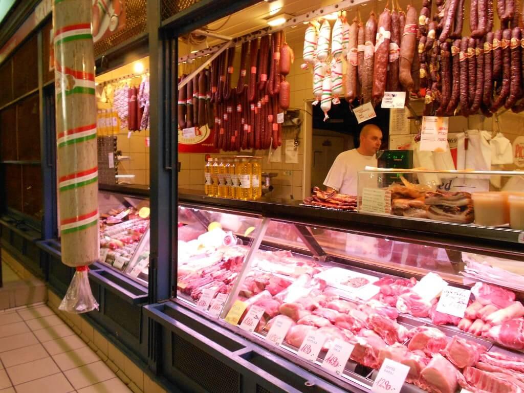 ブダペスト 中央市場 フォアグラ キャビア