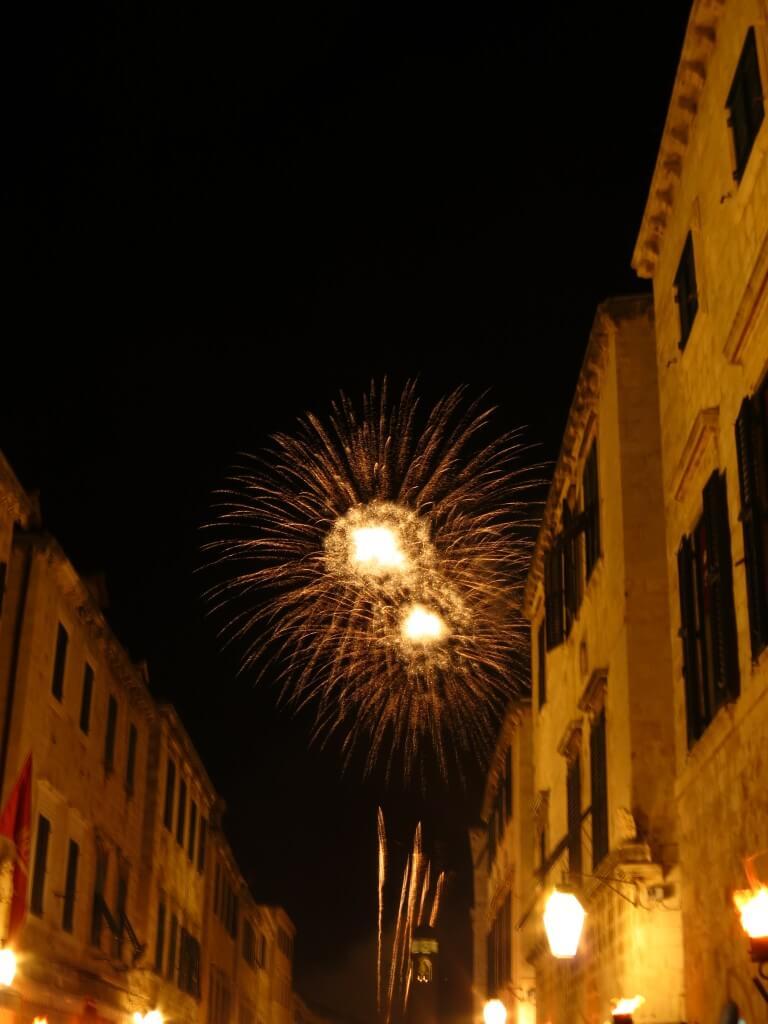 ドブロブニク 旧市街 花火