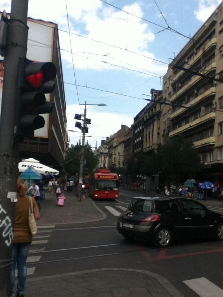 セルビア ベオグラード 街並み トラム