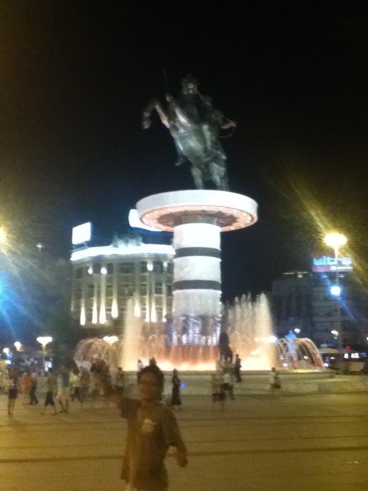 アレクサンダー大王の像  マケドニア スコピエ