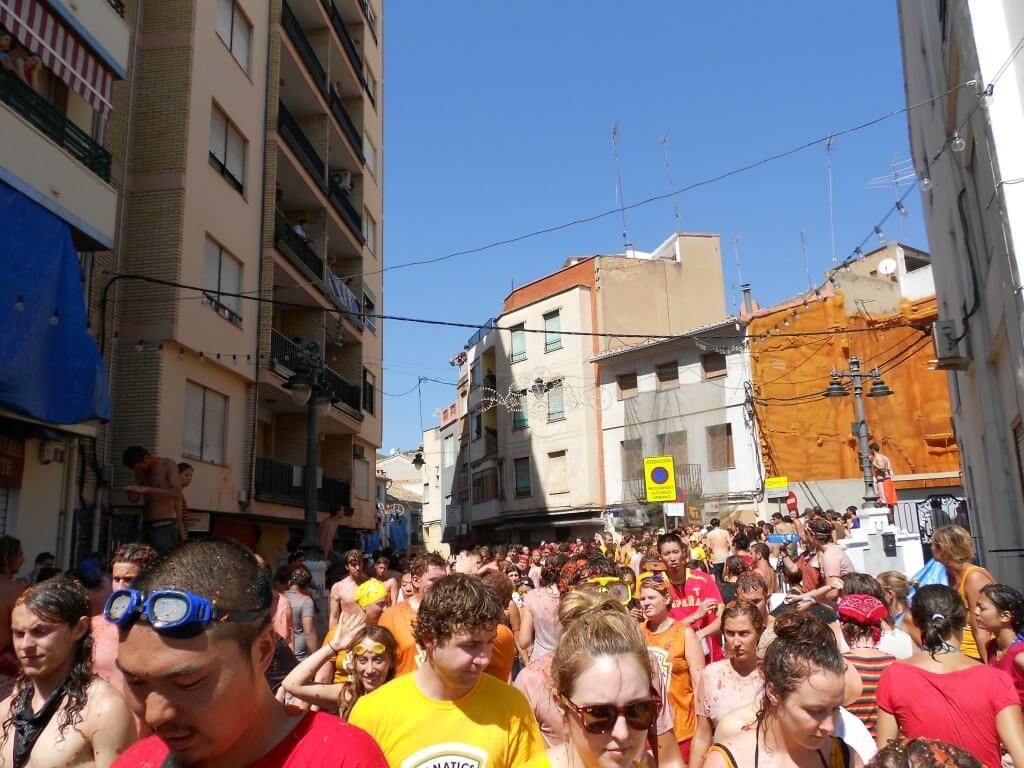 トマティーナ(トマト投げ祭り)は最高にクレイジーな祭りだが、2度と参加することはない
