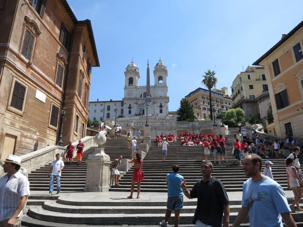 翌日もローマを大観光!映画「ローマの休日」で有名な「スペイン坂」でオードリーになる!?