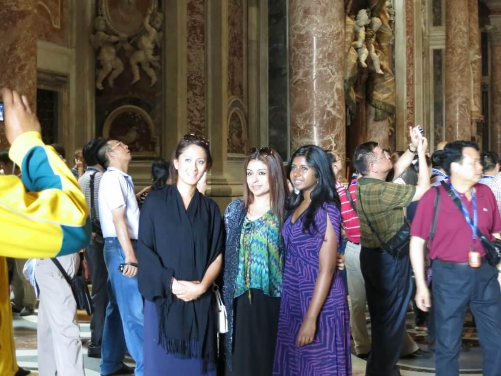 今日の美女 ヴァチカンで見たイタリア美人とインド美人