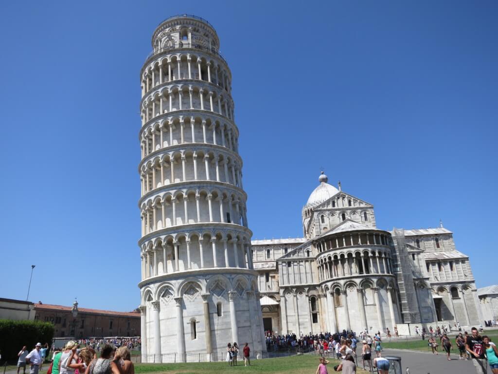 フィレンツェまできたら「ピサ」まで行こう!あの有名な「ピサの斜塔」に登っちゃおう!