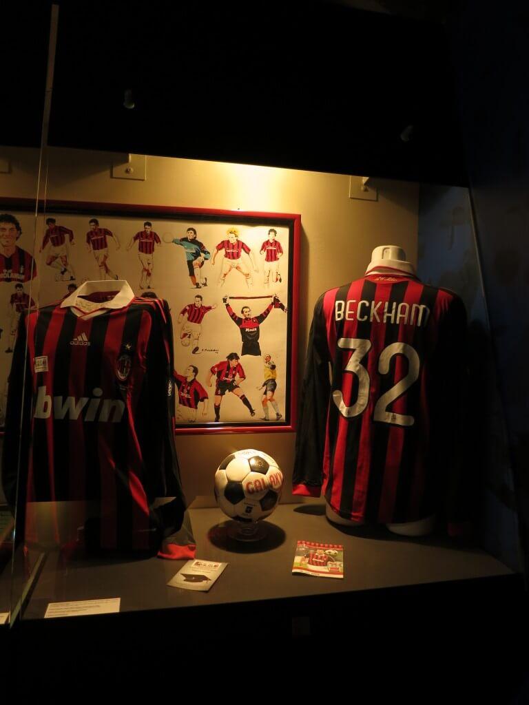 ベッカム ユニフォーム サンシーロスタジアム ミラノ イタリア