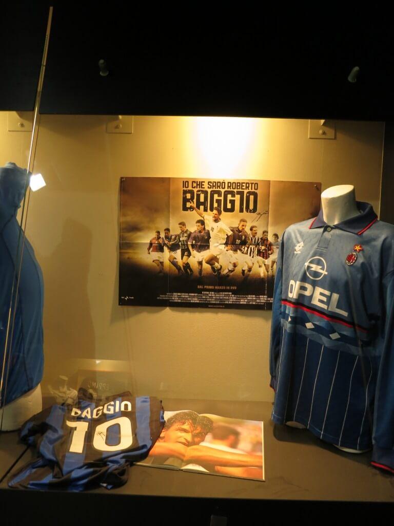 バッジョ ユニフォーム サンシーロスタジアム ミラノ イタリア