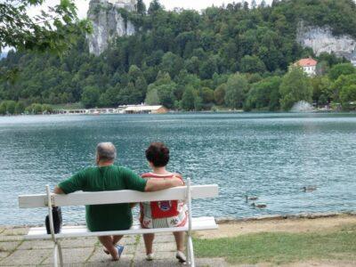 ブレッド湖 アヒル 老夫婦 仲良し スロベニア