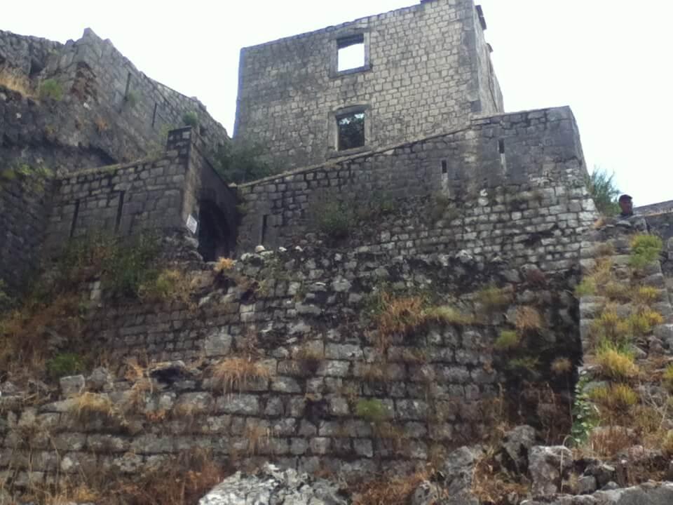 コトル 廃墟