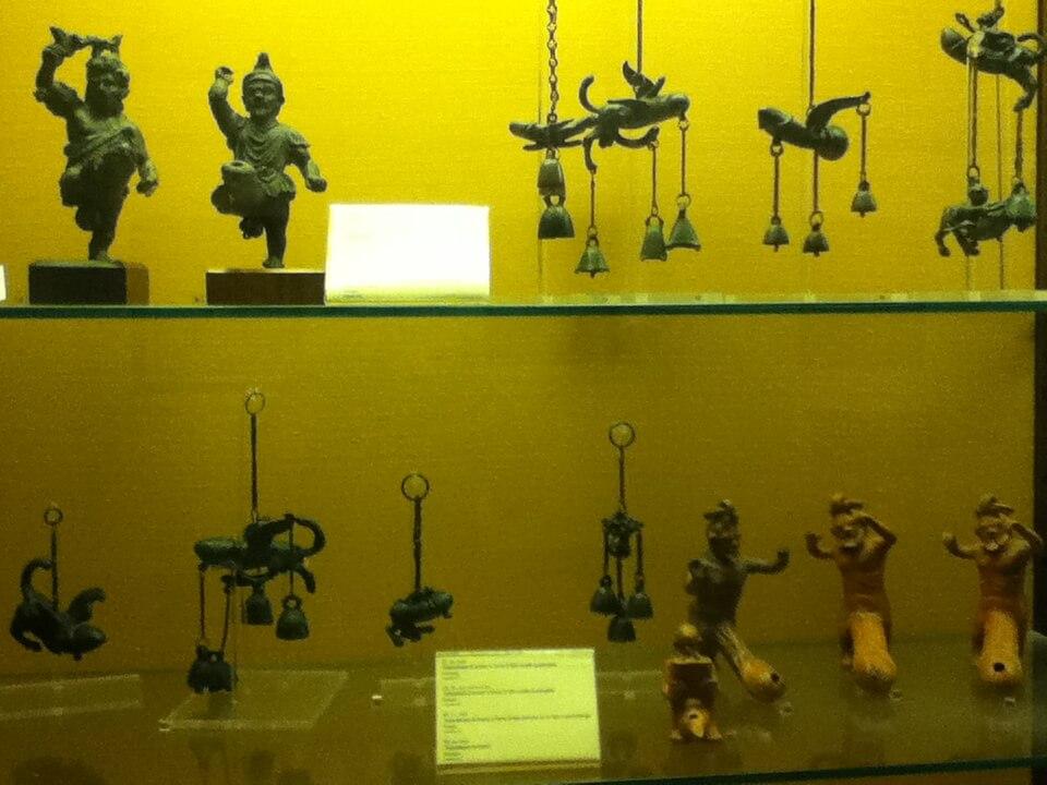 ナポリ国立博物館 ポンペイ遺跡 展示物 エロ