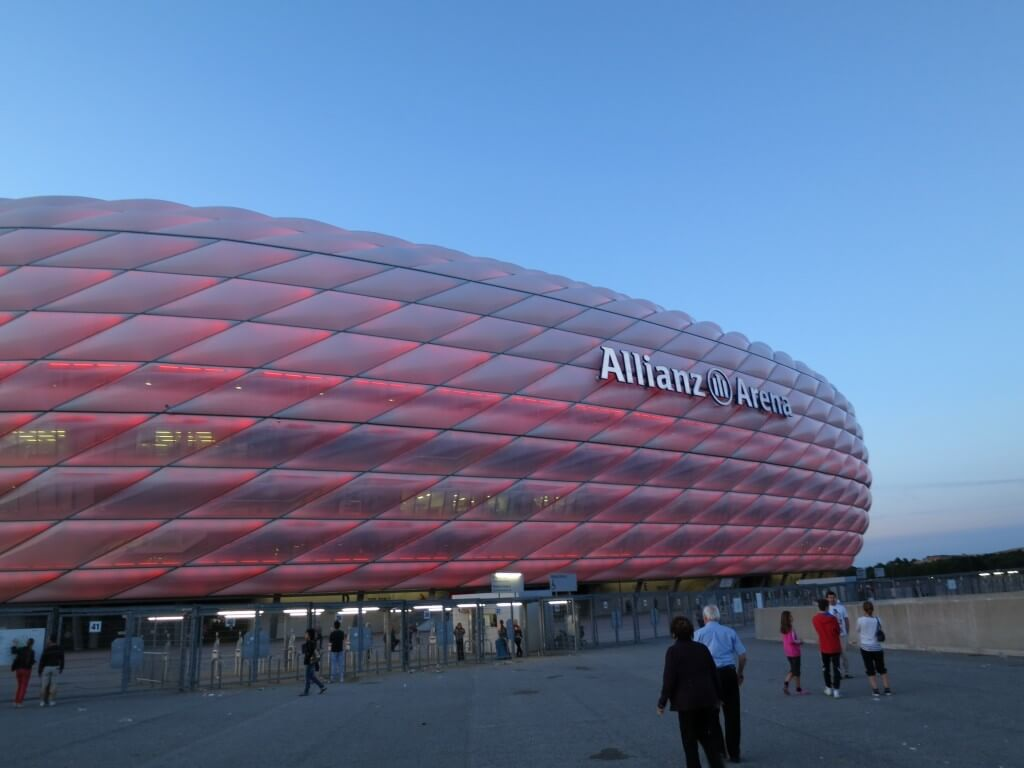 アリアンツ・アリーナスタジアム Allianz Arena ミュンヘン ドイツ