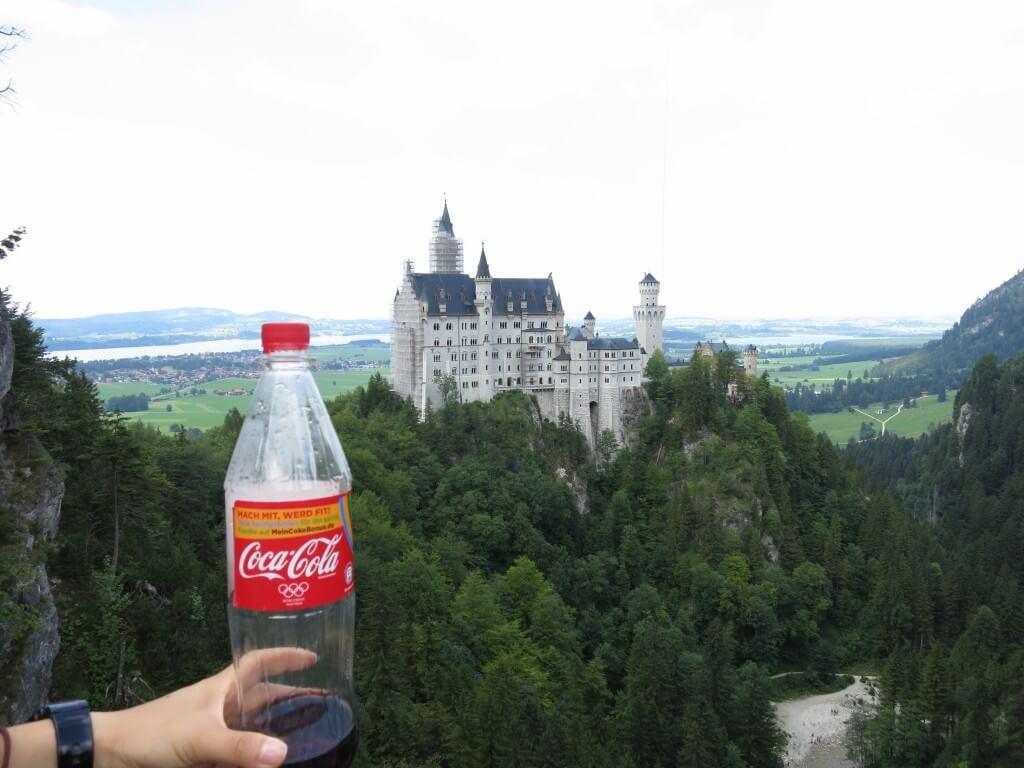 今日のコーラ ノイシュバンシュタイン城と