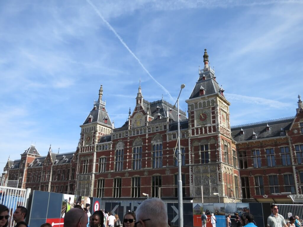 アムステルダム中央駅 オランダ 観光