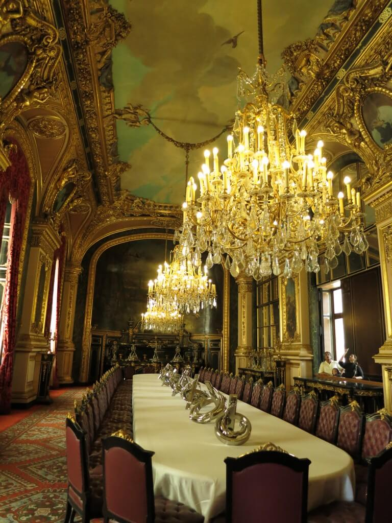 王室?ナポレオンの家? ルーヴル美術館 パリ フランス