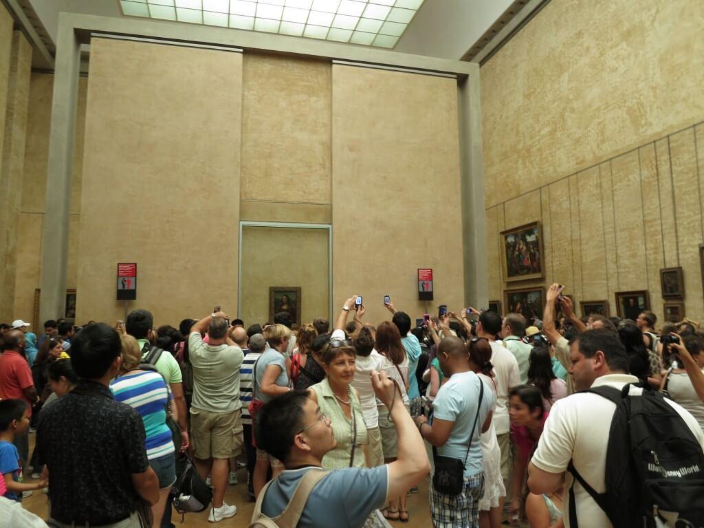 巨匠レオナルド・ダ・ヴィンチの「モナ・リザ」 絵画 ルーヴル美術館 パリ フランス