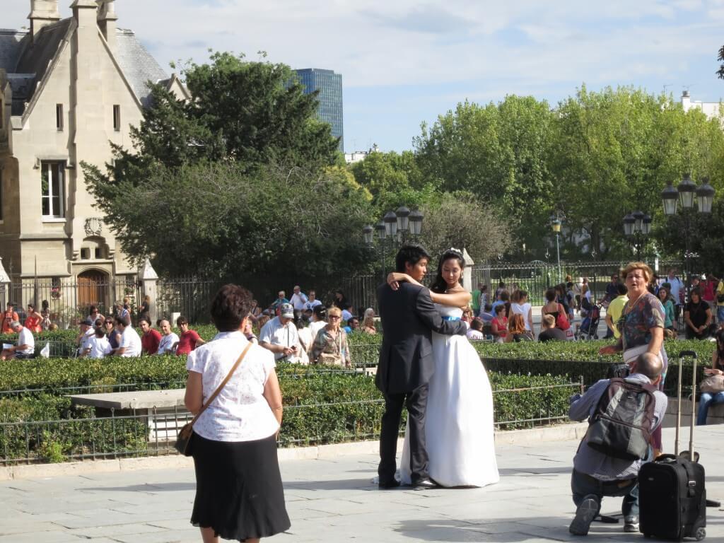 結婚式 写真 日本人カップル パリ フランス