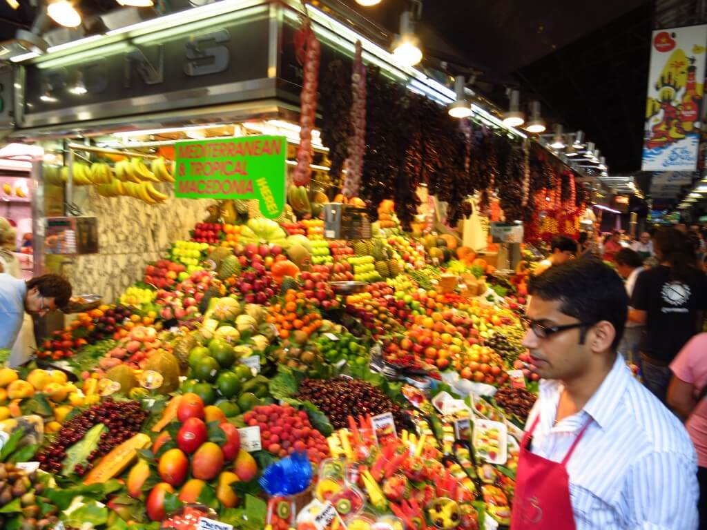 フルーツ カットフルーツ サン・ジョセップ市場 バルセロナ