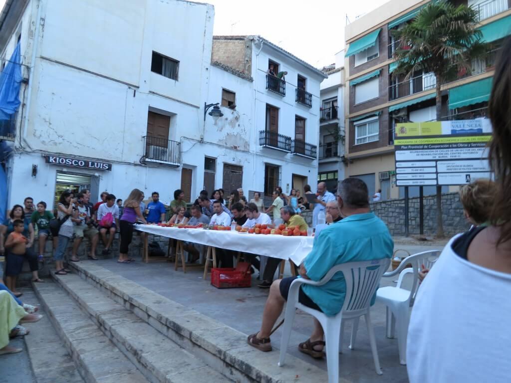 スペインのお祭り!トマティーナ(トマト投げ祭り)は最強に狂ったお祭り