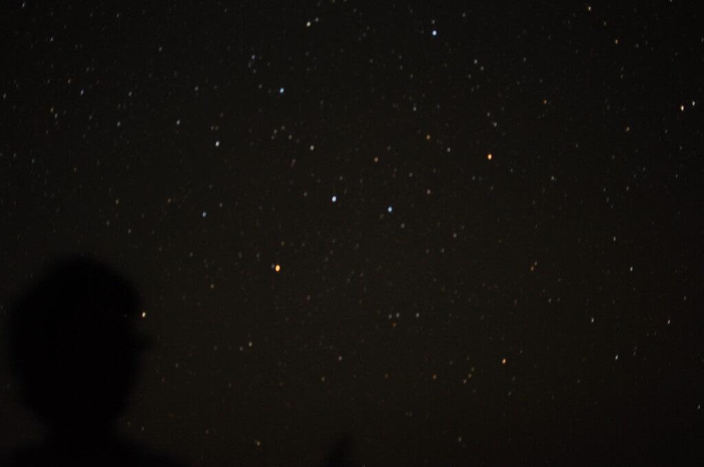 ついにサハラ砂漠の夜空の星を見る。満天の星空に浮かぶ天の川は最高だった!