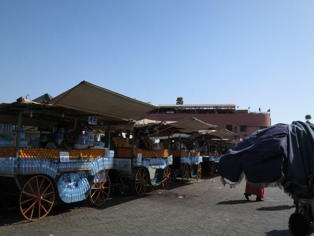 マラケシュ フナ広場 オレンジジュース モロッコ