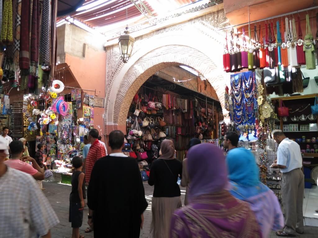 マラケシュ メディナ 巨大スーク フナ広場 モロッコ