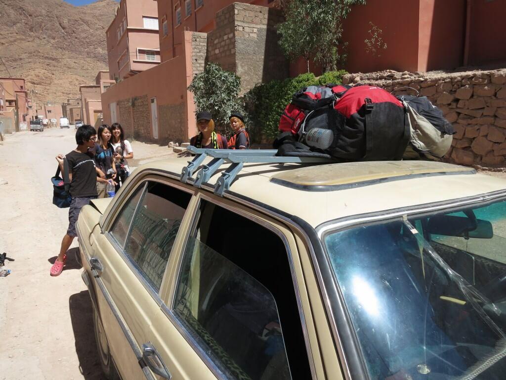 ティネリールからサハラ砂漠の街「メルズーガ」への行き方