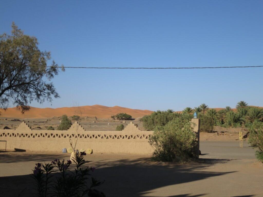 メルズーガの街は見渡す限りの大砂丘 サハラ砂漠が見えるぞ!