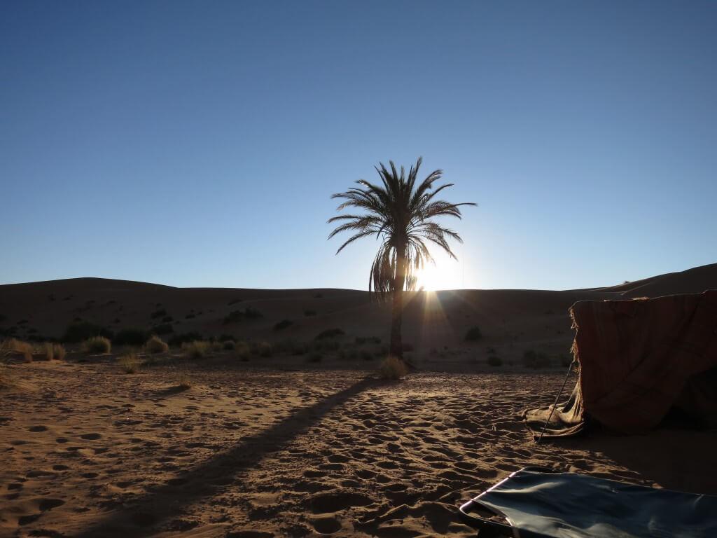 サハラ砂漠 朝日 サンライズ モロッコ メルズーガ