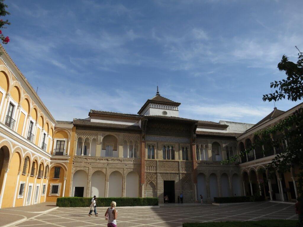 セビリアのアルカサル観光!アルハンブラ宮殿を意識したその構造