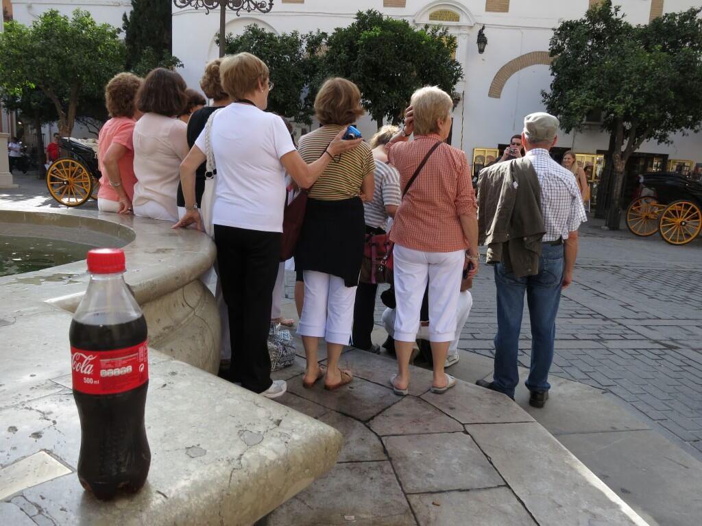 今日のコーラ スペイン観光の団体さんと