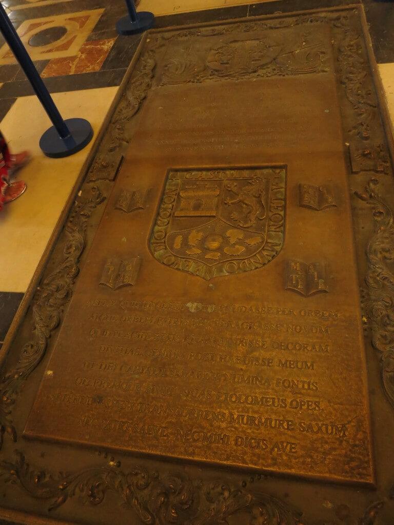コロンブスの墓 セビリア大聖堂 スペイン