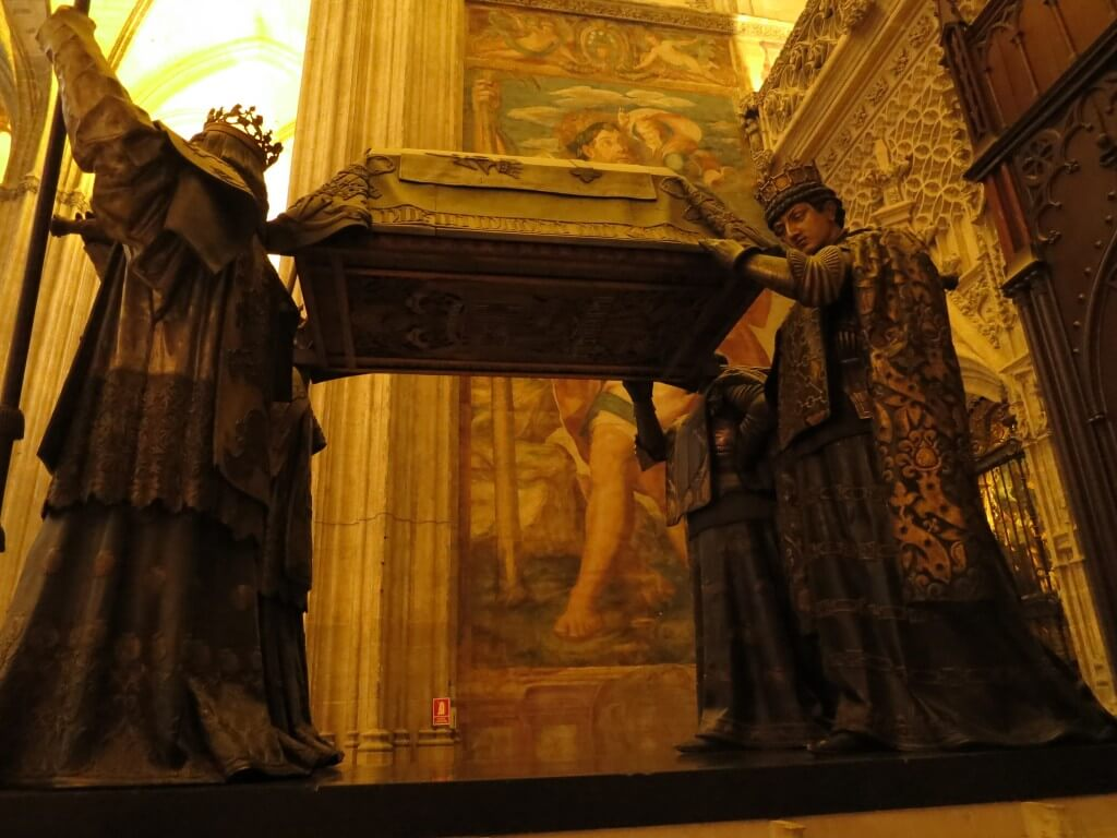 コロンブスの墓 コロンブスの棺 4人の王 セビリア大聖堂 スペイン