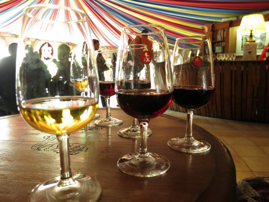 ポートワイン ポルト ワインセラー 工場見学 試飲 ポルトガル