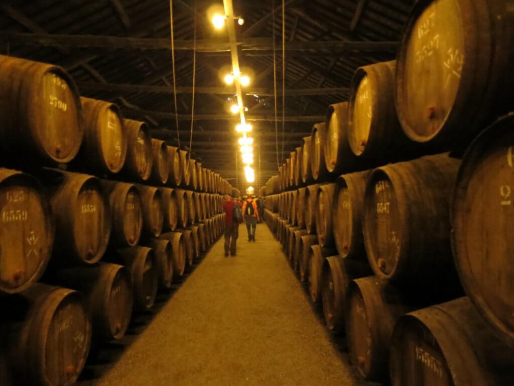 ポートワイン ワインセラー 工場見学 ポルト ポルトガル