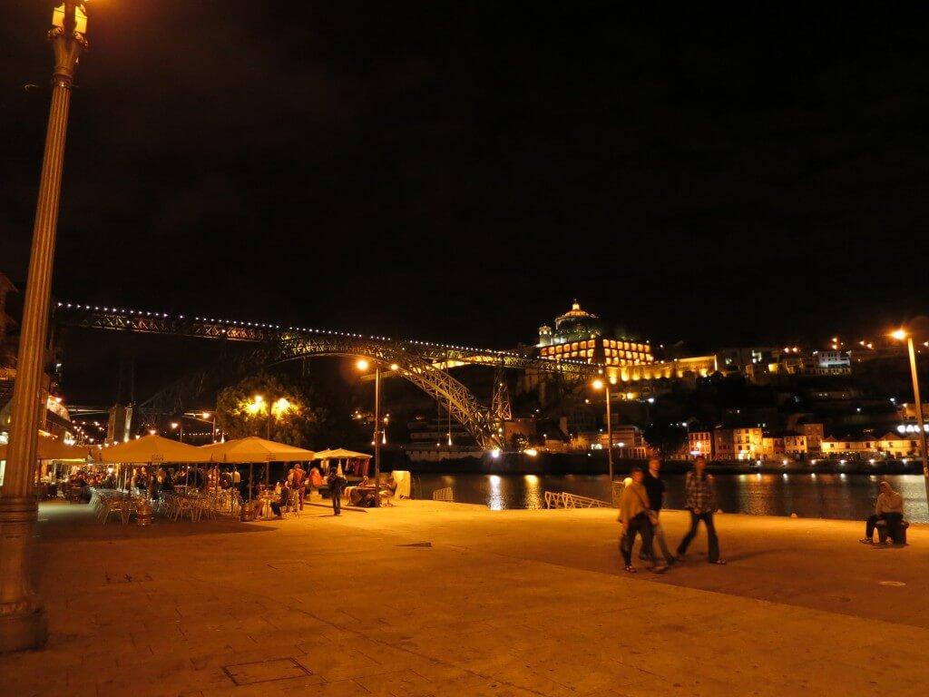 ポルト 夜景 キレイ ポルトガル