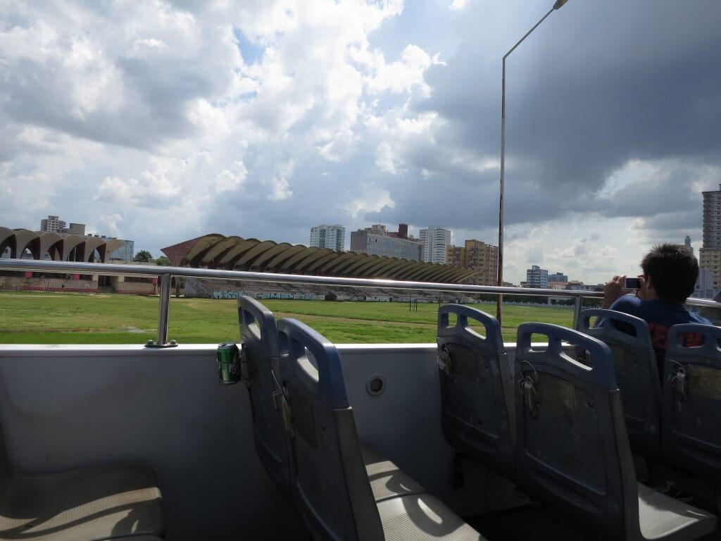 ハバナ 観光バス T1 ルート 新市街
