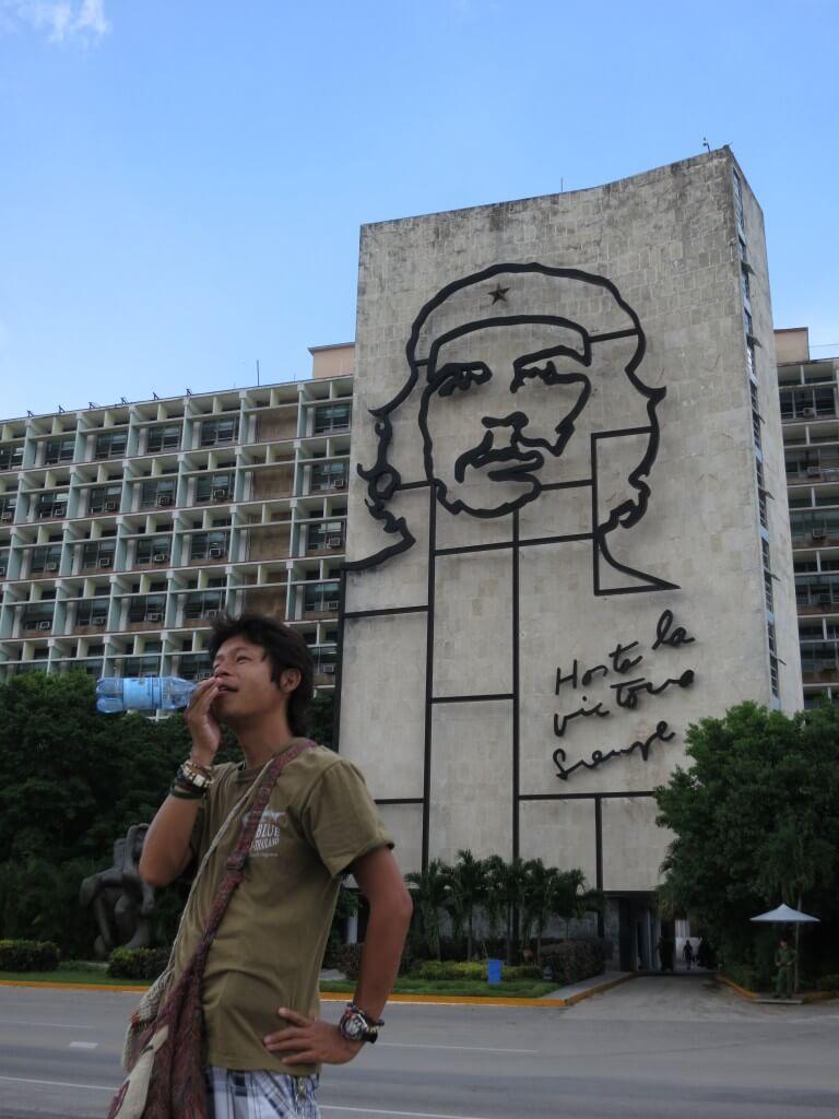 今日のコーラ ハバナの革命広場のチェ・ゲバラのモニュメント
