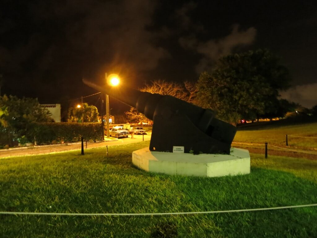 ハバナのカバーニャ要塞の大砲セレモニーの行き方や注意点は?