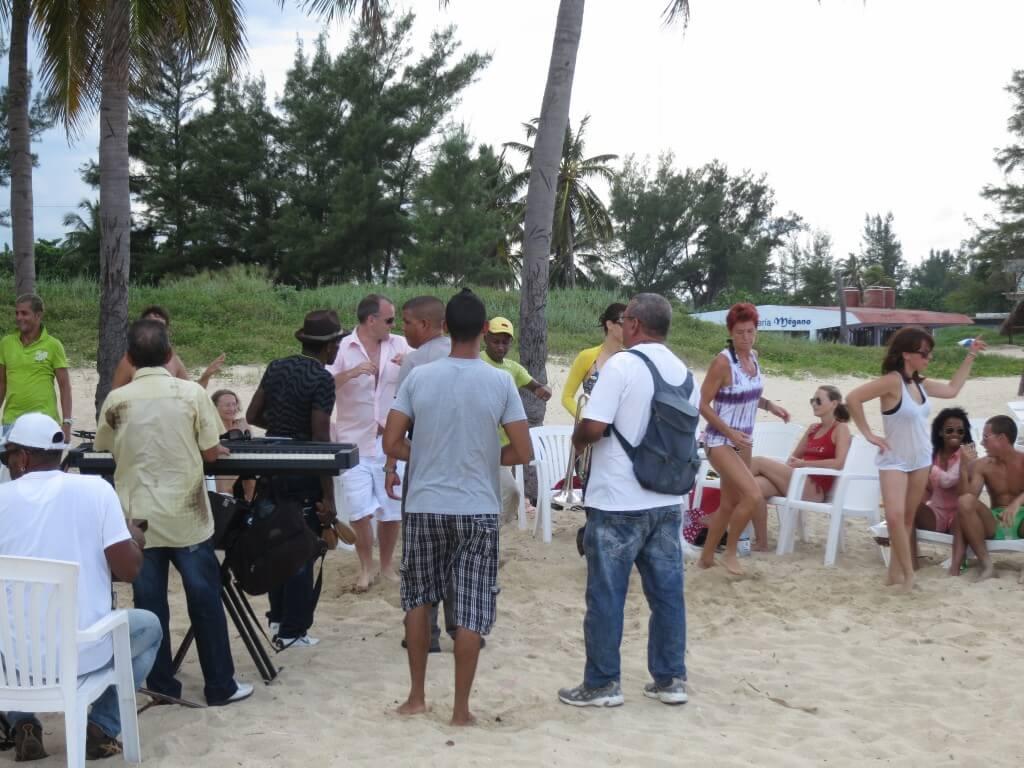 サンタ・マリアビーチ キューバ ハバナ イベント