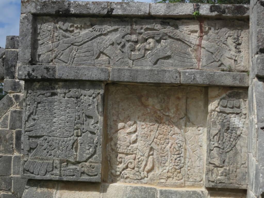 「新チチェン・イッツァ」 ジャガーの神殿 力の象徴 ジャガー