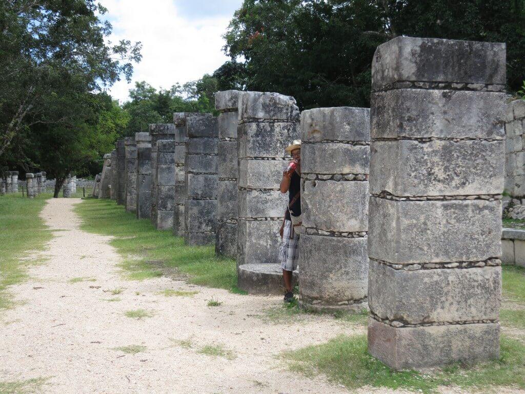 続いて「旧チチェン・イッツァ」を観光!大昔から続く高度なマヤ文明とは?