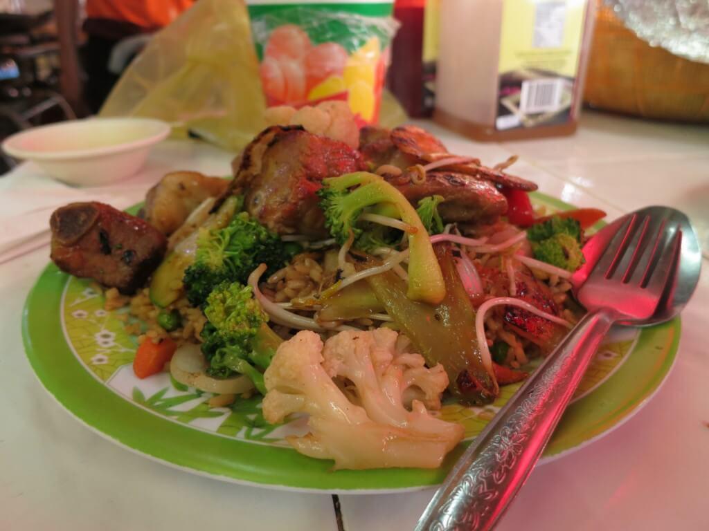 メリダの中華飯のクオリティーがハンパない!!ここは中華圏ですか!?