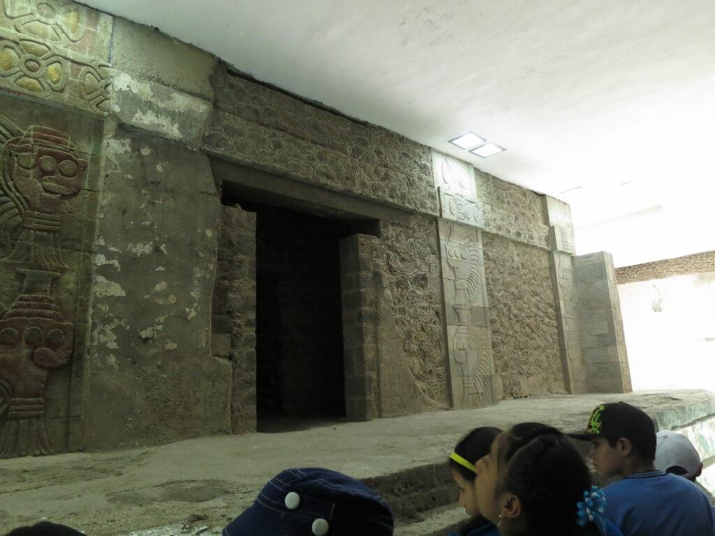 力尽きたテオティワカン遺跡 ジャガーの神殿でボクの意識は飛びました!