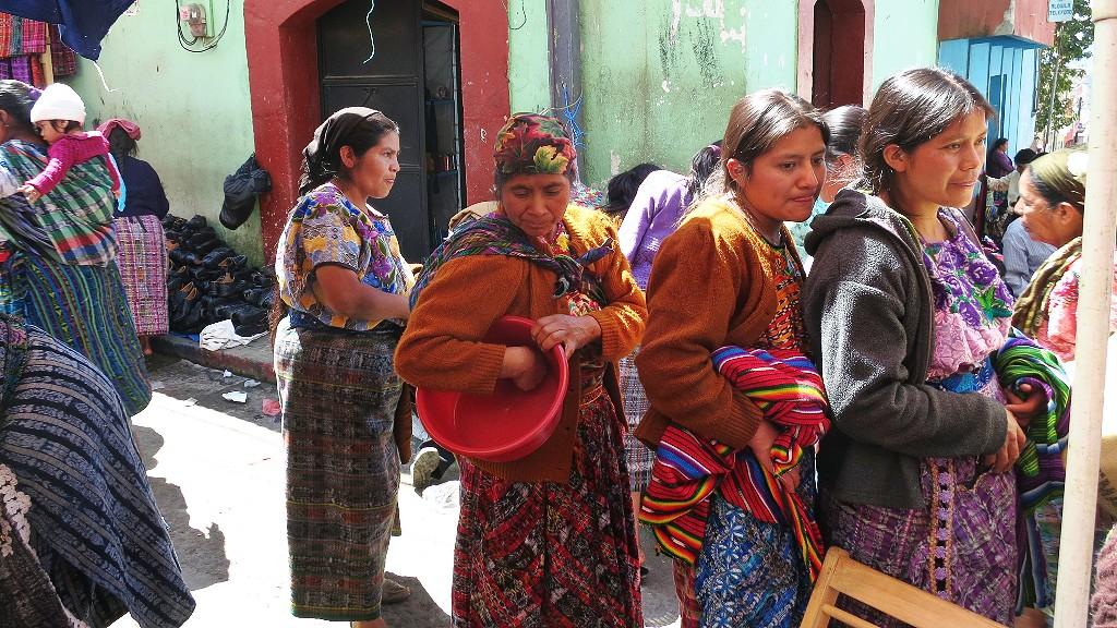 グアテマラのサン・フランシスコ・エル・アルトの行き方は?メルカド(市場)には変わったものがいっぱい?